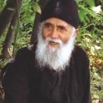 Sfantul Paisie Aghioritul își vizitează în duh ucenicii din toată lumea