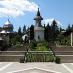 manastirea-sihastria1