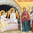 Mesajul pe care îngerul îl împărtăşeşte femeilor mironosiţe venite la mormântul Domnului. Acestea devin astfel martore şi mărturisitoare ale minunii învierii lui Hristos din morţi.Femeile mironosiţe vin la mormântul Domnului […]