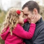 Copiii ne aduc mult mai multe bucurii decât le putem oferi noi