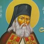 """Ultimele cuvinte ale Sfântului Luca al Crimeei: """"Nu vă temeţi! Luaţi putere din numele lui Iisus!"""""""