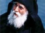 In 1973, Părintelui Paisie i s-a agravat problema pe care o avea la intestin. Avea dureri şi diaree. Ajunsese să nu mai poată bea apă deloc, dacă nu mânca […]